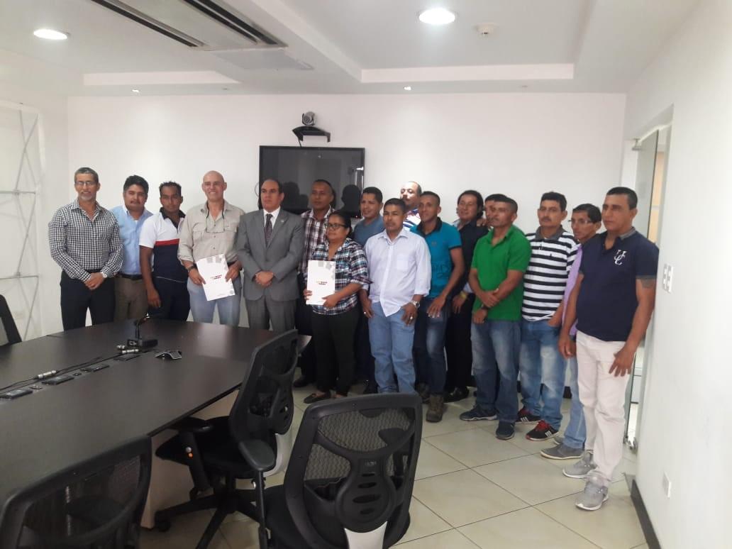 Firma de contrato  colectivo, Dole-Ecuador, Megabana